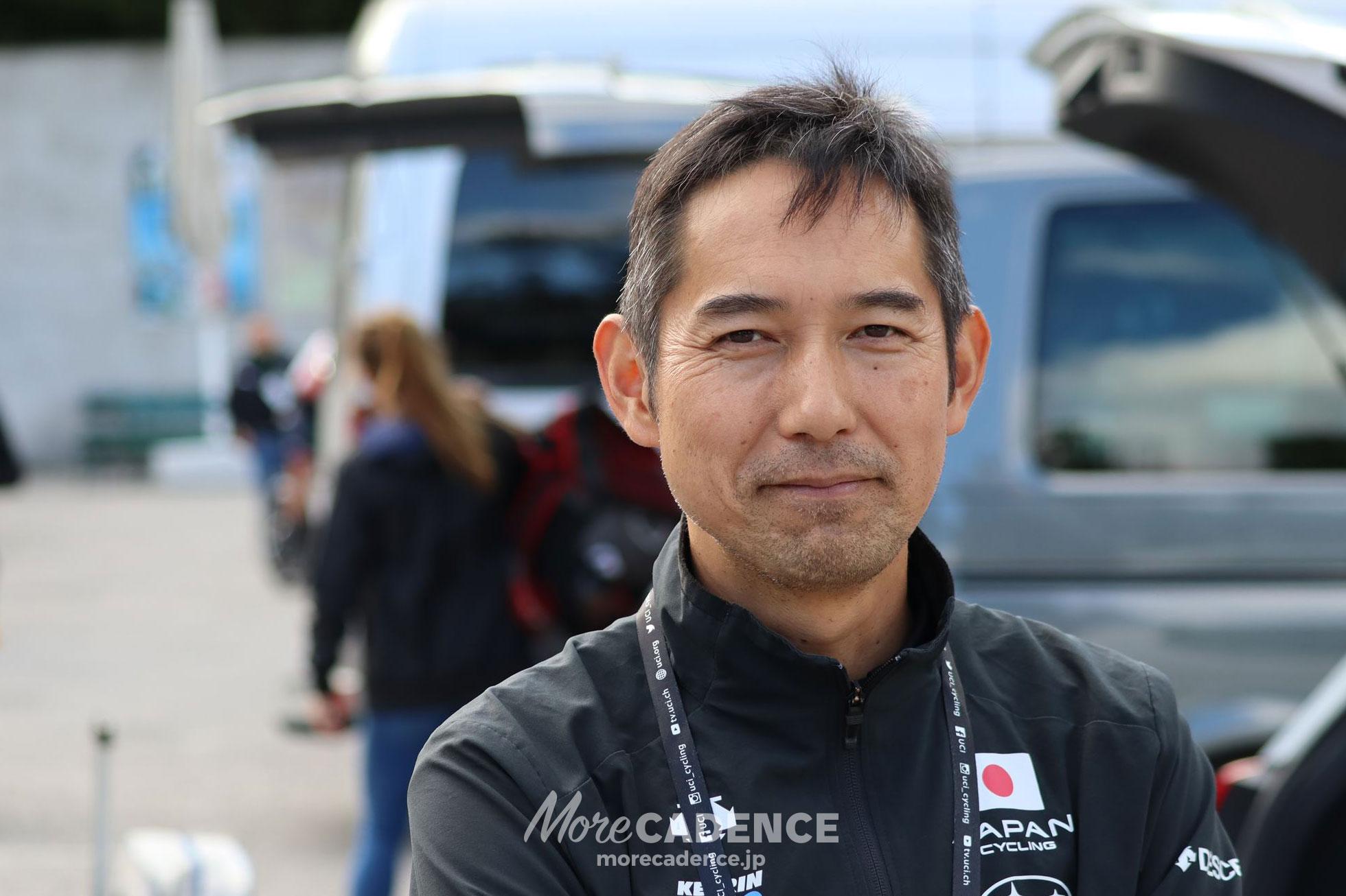 2018ロード世界選手権インタビューに答える浅田顕監督