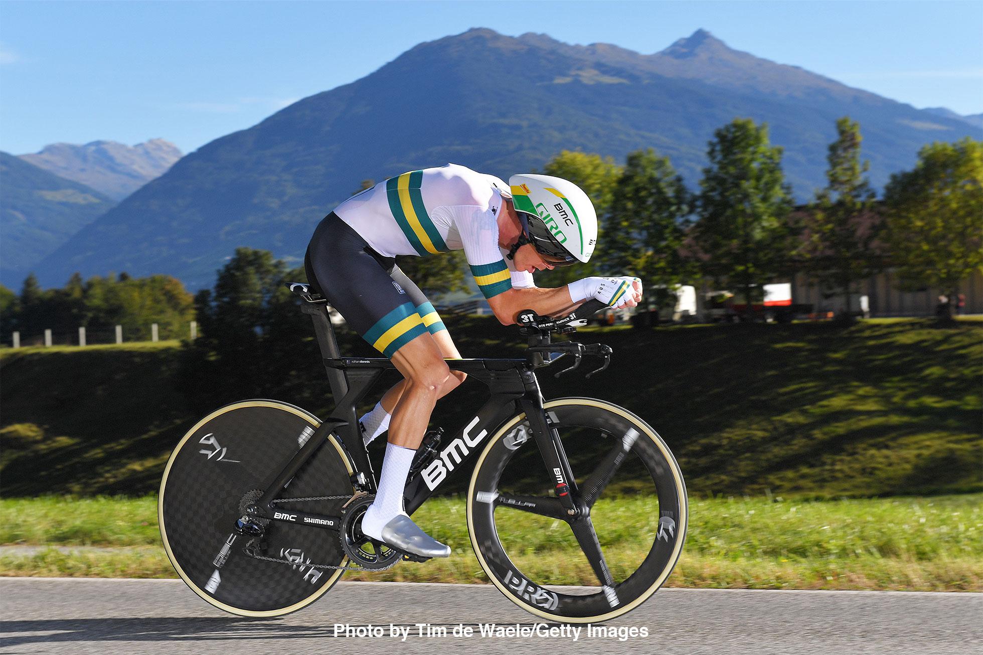 2018ロード世界選手権男子エリート個人TTを走るローハン・デニス